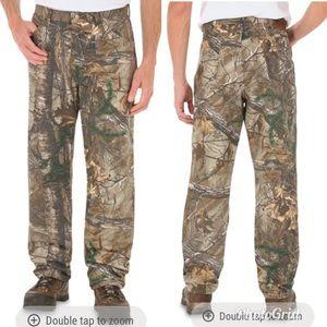 Men's Wrangler Camo Pro Gear Real-tree Xtra Jeans